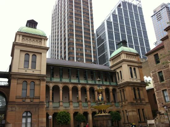 Sydney Eye Hospital